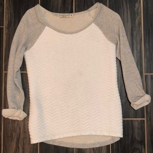 Gray and white 3/4 sleeve sweater